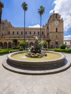 Italy, Sicily, Province of Palermo, Monreale, Cathedral Santa Maria Nuova and fountain in the foreground - AMF002970