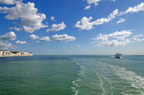 United Kingdom, England, Kent, Dover, English Channel, Channel ferry - FRF000001