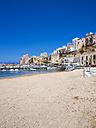 Italy, Sicily, Province of Trapani, Fishing village Castellammare del Golfo, Beach and harbour - AMF003021