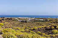 Spain,Canary Islands, Lanzarote, Costa Teguise, view of Orzola - AMF003101