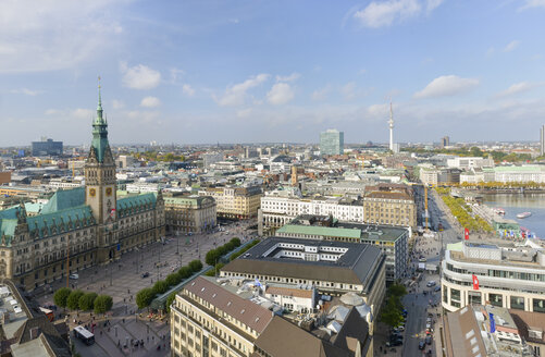 Germany, Hamburg, cityscape with city hall - RJF000341