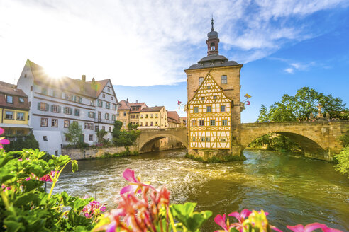 Germany, Bavaria, Bamberg, Regnitz river with old townhall - PUF000128