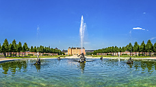 Germany, Baden-Wurttemberg, Fountain of Schwetzingen castle and castle garden - PU000149