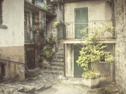 maccagno, italy, lago maggiore, house, living, vintage, - DSC000164