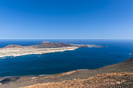 Spain, Canary Islands, Lanzarote, View from Mirador del Rio to La Graciosa - AMF003093