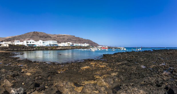 Spain, Canary Islands, Lanzarote, fishing village Orzola - AMF003096