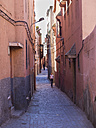 Africa, Morocco, Marrakesh, Medina, Alley and houses - AM003123