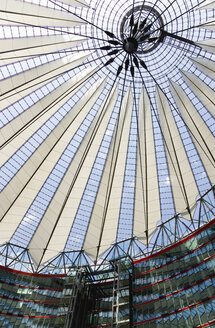 Germany, Berlin, view to roof construcion of Sony Center - PS000663