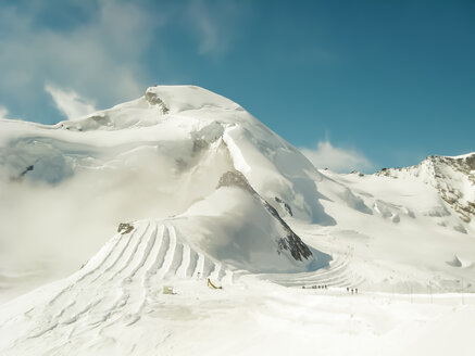 Switzerland, Arosa in snow - DRF001161