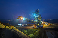 Germany, North Rhine-Westphalia, Grevenbroich, Garzweiler surface mine, Stacker, Blue hour - FR000103