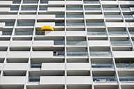 Germany, North Rhine-Westphalia, Duesseldorf, part of facade of renovated multi-family house - GUFF000006