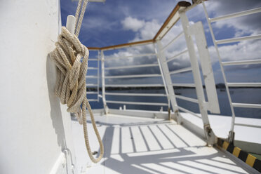 Rope on cruise liner - SHKF000020