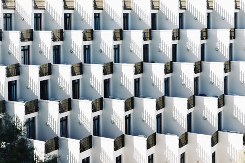Spain, Baleares, Mallorca, apartment building with rows of balconies - MS004369