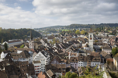 Switzerland, Canton of Schaffhausen, Schaffhausen, View to historic old town - ELF001400