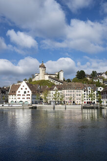 Switzerland, Canton of Schaffhausen, View of Old town with Munot Castle, High Rhine river - ELF001404