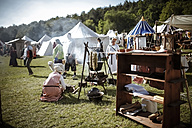 Germany, Baden-Wuerttemberg, Moensheim, medieval fair - SBD001438