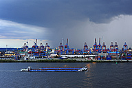 Germany, Hamburg, container harbor and River Elbe - MIZ000792