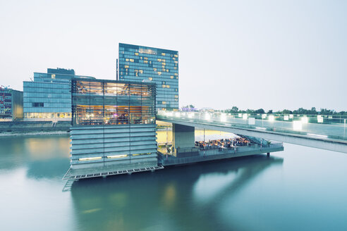 Germany, Dusseldorf, Media Harbour, Restaurant at The Living Bridge - MEMF000537