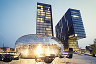 Germany, Dusseldorf, Media harbour, Pavillon at Twin Towers hotel and office building - MEM000549