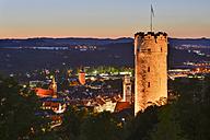 Germany, Baden-Wuerttemberg, Ravensburg, town tower Mehlsack and Blaserturm at night - SHF001587