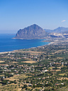 Italy, Sicily, Province of Trapani, View to village Erice and Monte Cofano - AMF003265