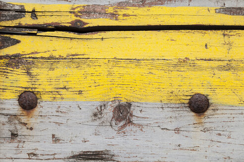 Weathered wooden board with yellow and grey paint, close-up - WIF001168
