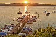 Germany, Baden-Wuerttemberg, Lake Constance, Constance, jetty with boats at sunrise - SH001722