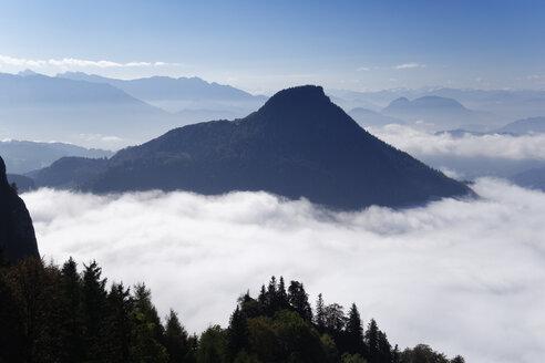 Germany, Bavaria, Upper Bavaria, Chiemgau, Chiemgau Alps, Nussdorf am Inn, View from Heuberg to Kranzhorn - SIEF006287