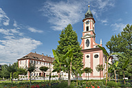 Germany, Baden-Wuerttemberg, Island Mainau, castle church with castle - SHF001791