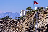 Turkey, Antalya, Waterfall and turkish flag - THAF000987