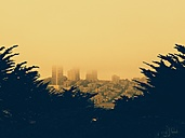 San Francisco, Russian Hill in fog - BRF000833