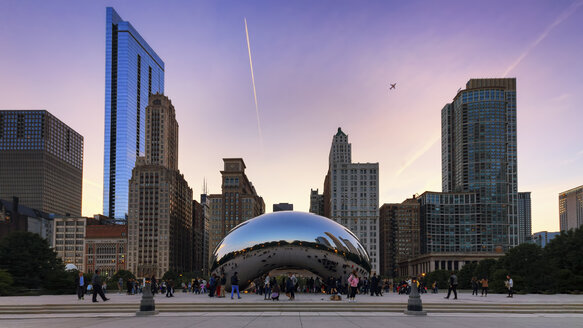 USA, Illinois, Chicago, view to Cloud Gate at Millenium Park by twilight - SMAF000278