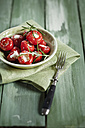 Pickeled cherry peppers, filled with cream cheese, studio - SBDF001467