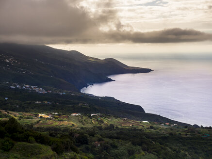 Spain, Canary Islands, la Palma, coast at Barlovento - AMF003361