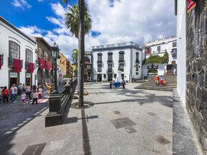 Spain, Canary Islands, Santa Cruz de la Palma, Plaza de Espana - AMF003384