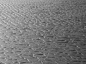 Canada, British Columbia, Vancouver Island, Long Beach, structures in sand at low tide - HLF000810