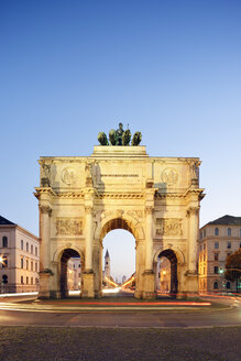 Germany, Bavaria, Munich, Siegestor at blue hour - BRF000878