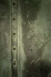 Weathered metal door, close-up - GUF000062