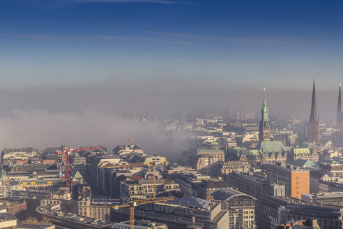 Germany, Hamburg, dense fog over the Alster and parts of downtown - NKF000228