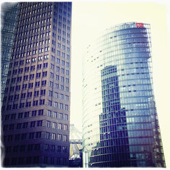 Germany, Berlin, Potsdamer Platz, highriser and office buildings in the city center - MS004414