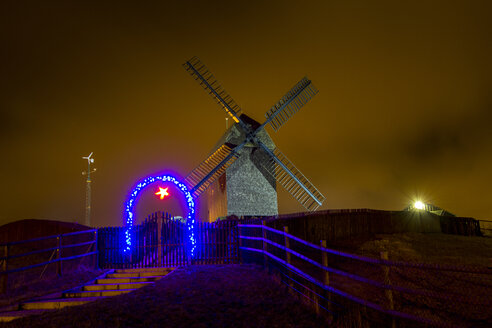 Germany, Berlin, Marzahn, windmill at night - BIG000045
