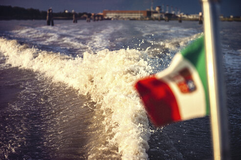 Italy, Venice, water trail from motor boat - EHF000038