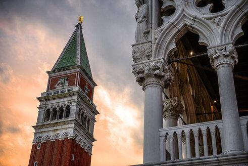 Italy, Venice, St Mark's Campanile at dusk - EHF000044