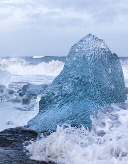 Iceland, southeast coast, ice on seashore - ATAF000078