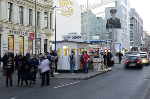 Germany, Berlin, traffic at Checkpoint Charlie - BFR000853