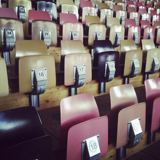 Rows of chairs in sports hall - SE000841