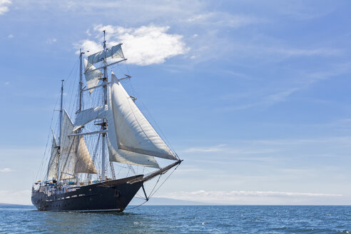 Pacific Ocean, sailing ship under sail at Galapagos Islands - FOF007562
