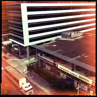 architecture, road train, truck, street, ferrari, maserati, brisbane, australia - LUL000049