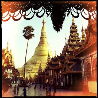 shwedagon pagoda, yangon, myanmar - LUL000111