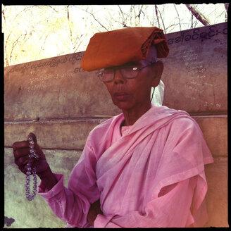 female monc at temple, mandalay, myanmar - LUL000202